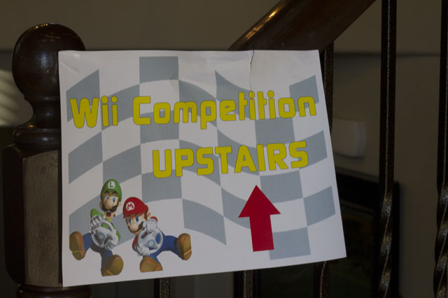super mario wii tournament sign