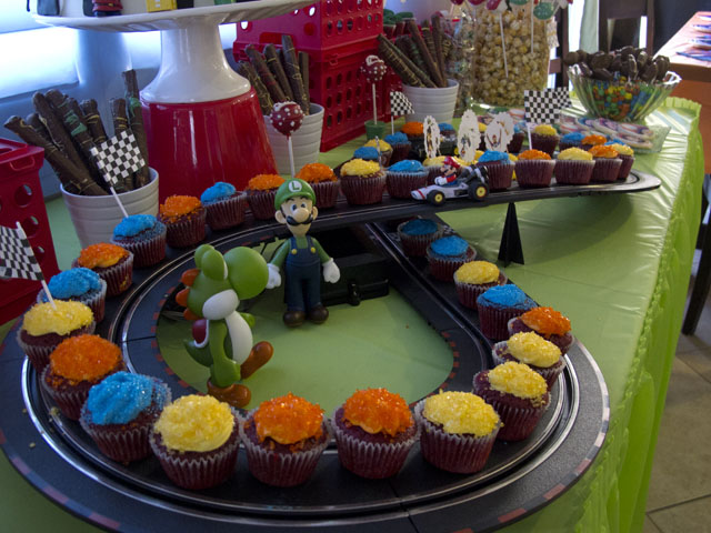super mario cupcake race track