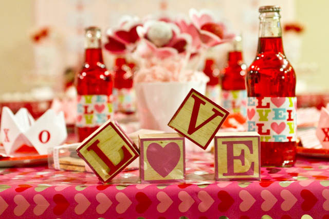 Affordable Valentine's Day Tablescape