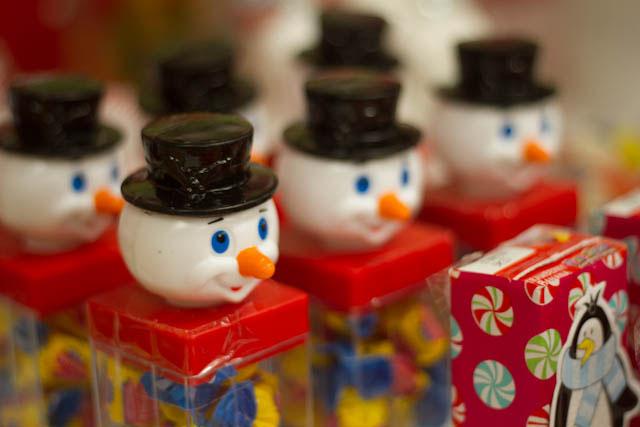winter candyland Snowman Bubble gum