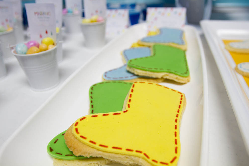april showers rain boot cookies
