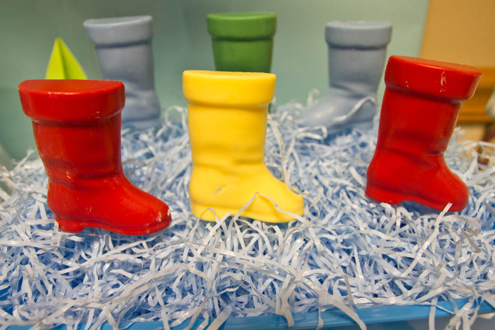 april showers rain boot pops