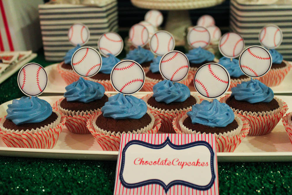 baseball chocolate cupcakes