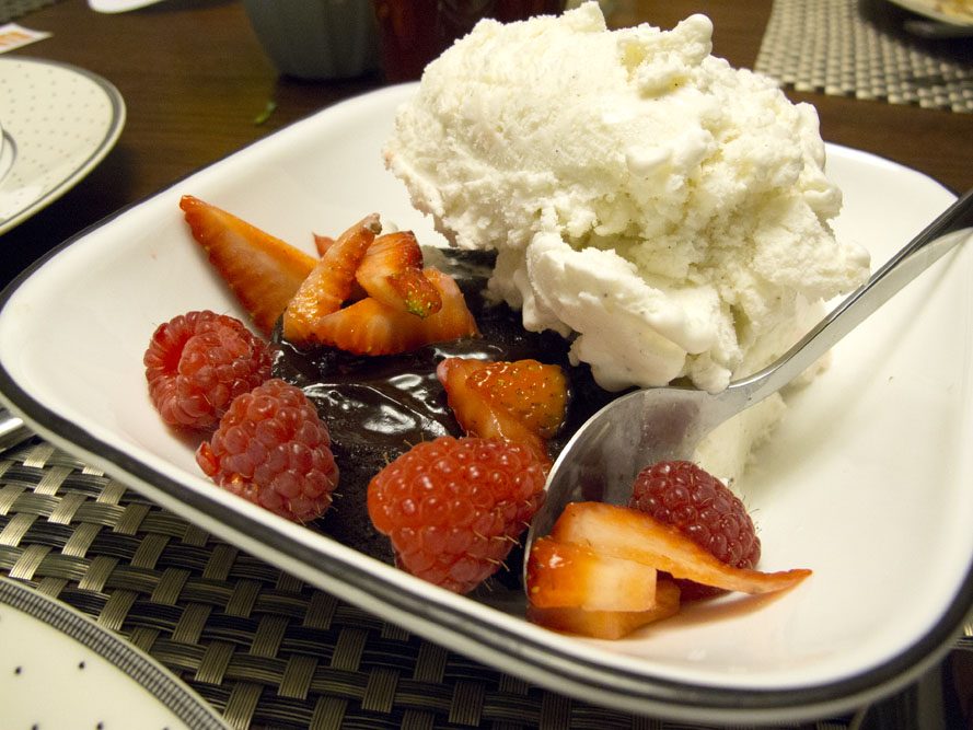 modern dinner party dessert