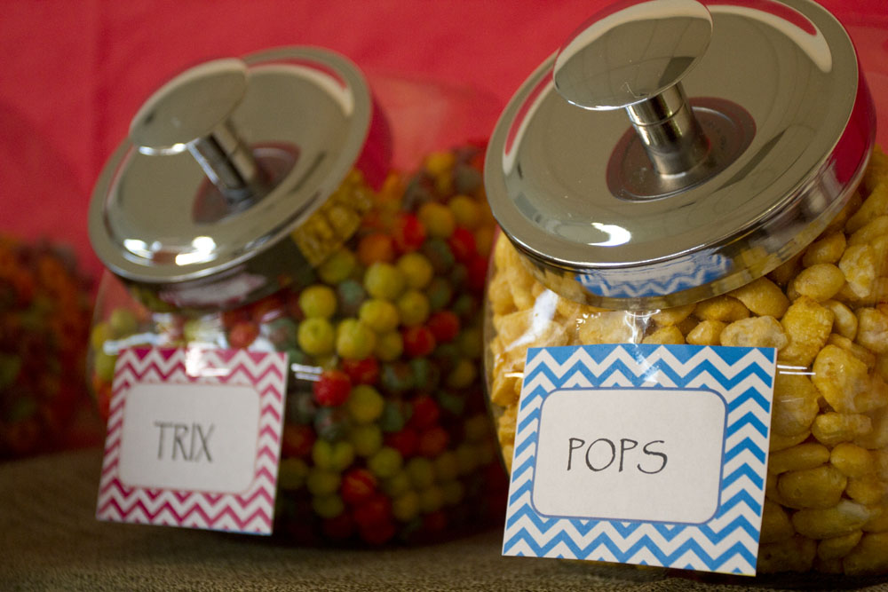 breakfast bar trix and pops cereal