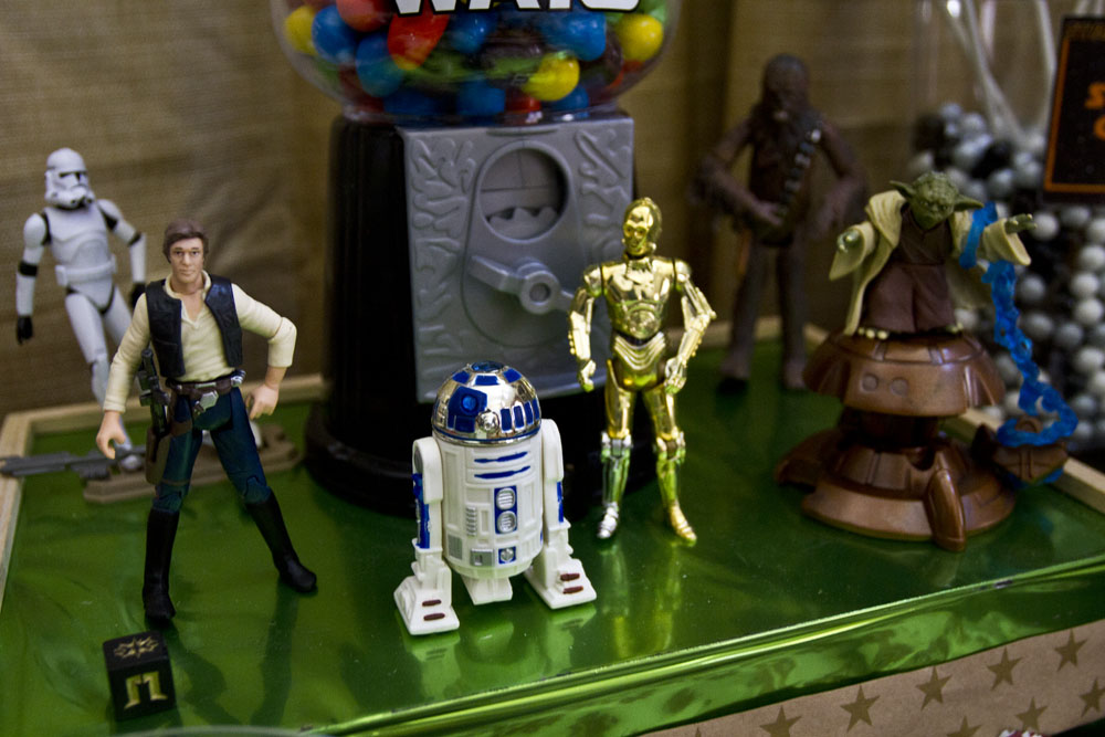 star wars toys: han solo, stormtrooper, c3po, r2d2, yoda, chewbaaca