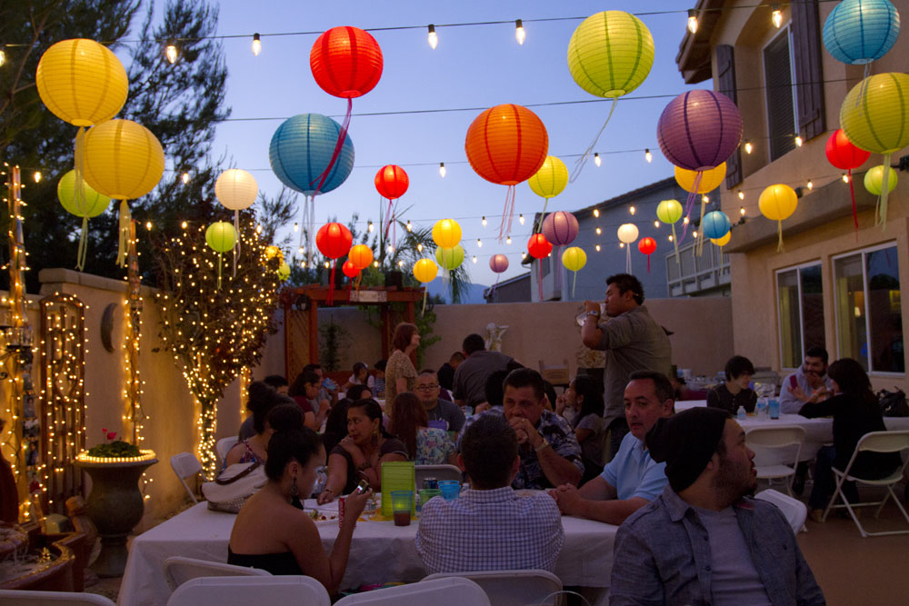 outdoor party lighting