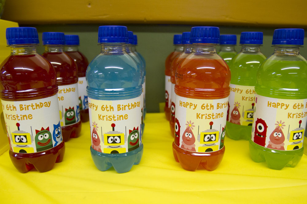 custom yo gabba gabba wrapped juice bottles