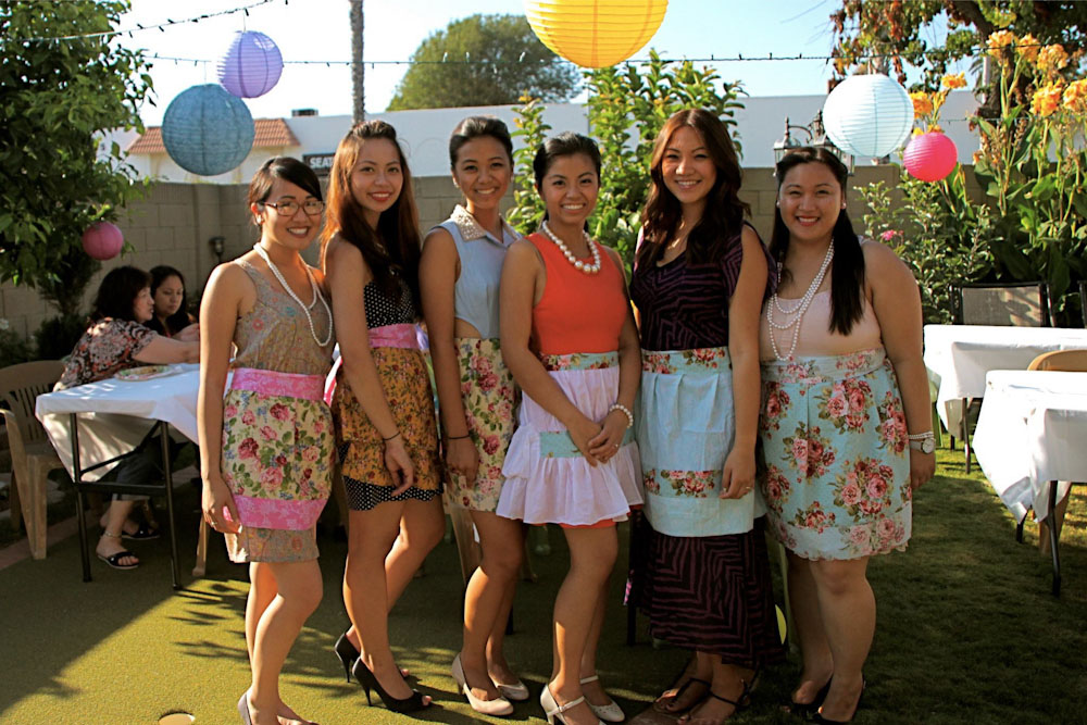 vintage housewife bridal party