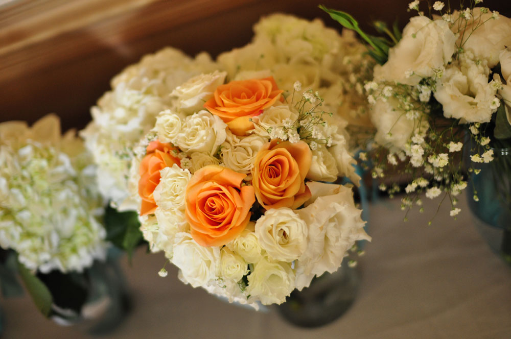 orange roses and bouquets