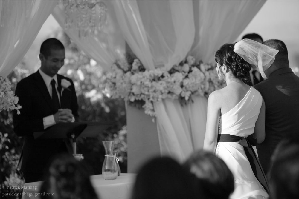 damask wedding ceremony