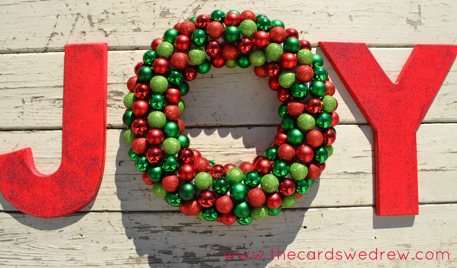 10 DIY Holiday Wreaths