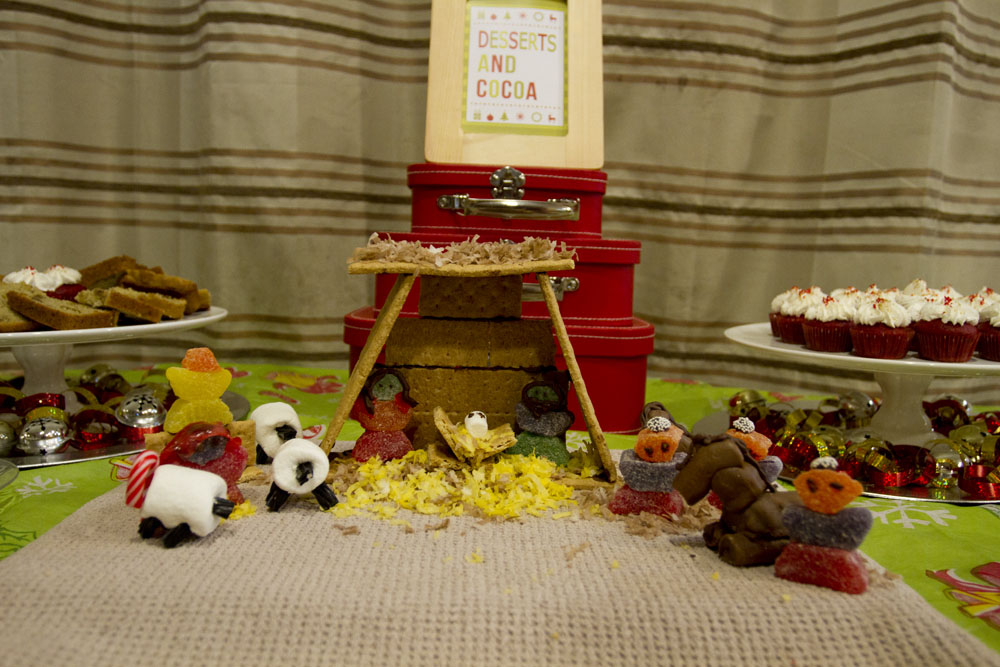 jingle with joy manger