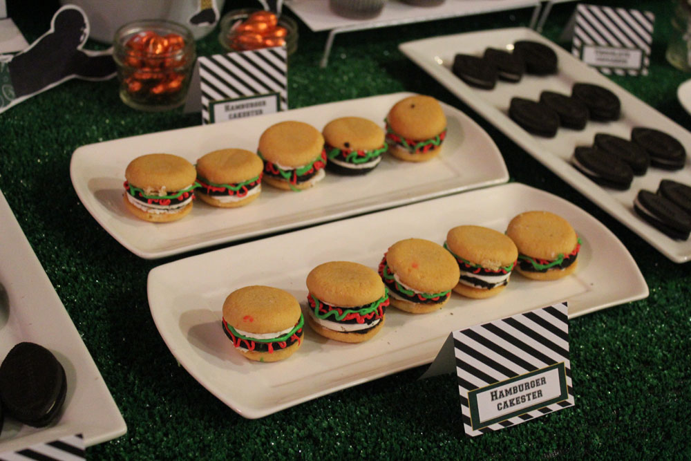 Football Dessert Table003