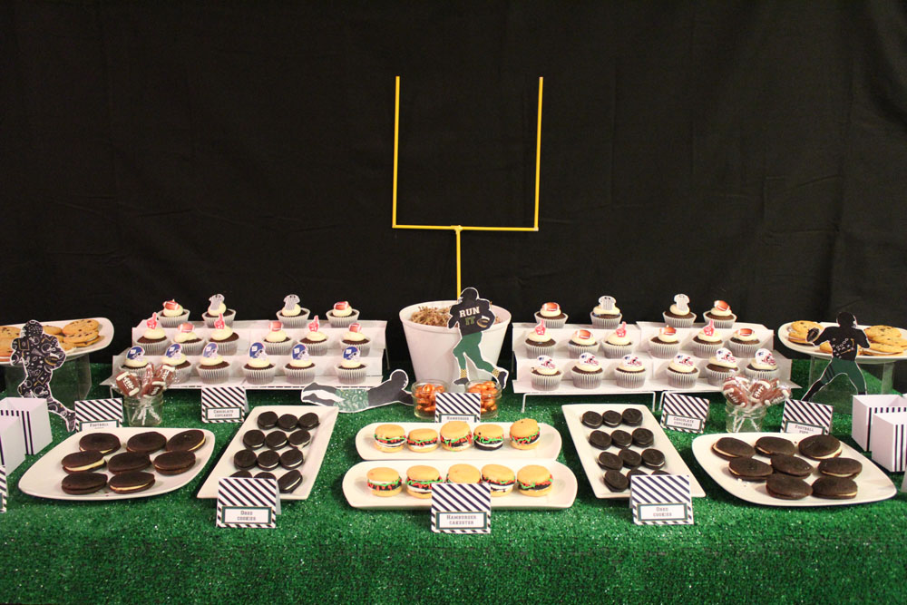 Football Dessert Table009
