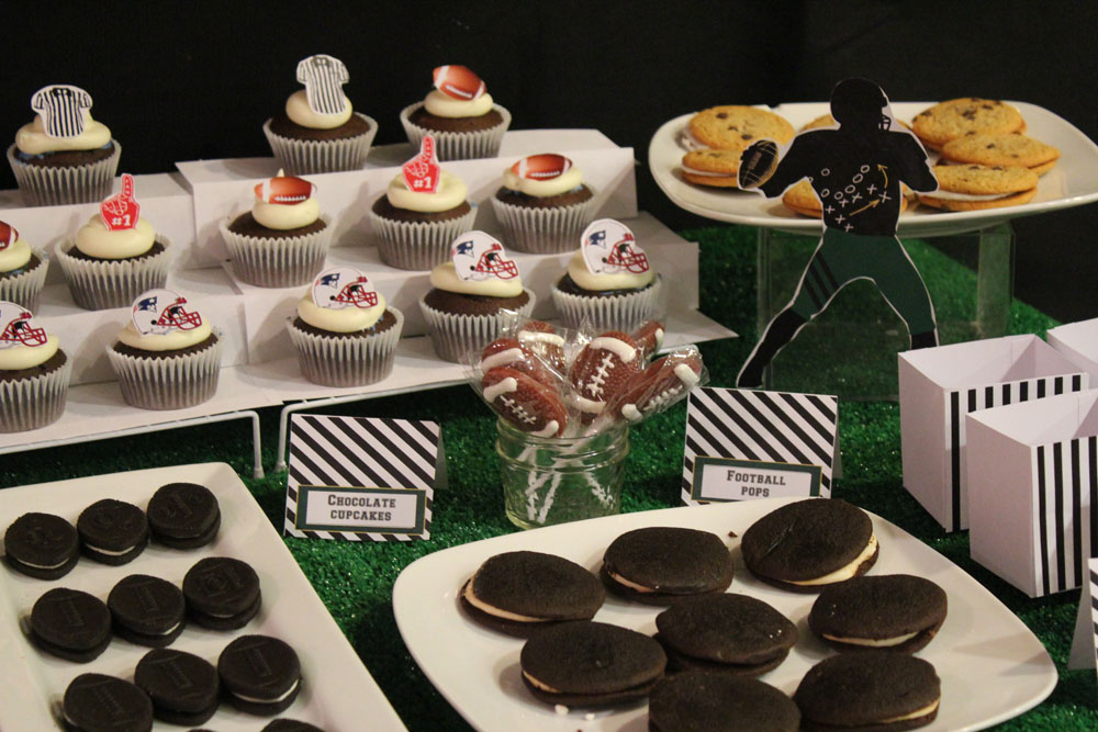 Football Dessert Table011