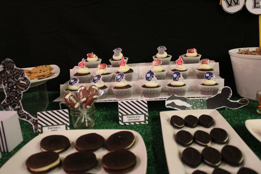 Football Dessert Table013