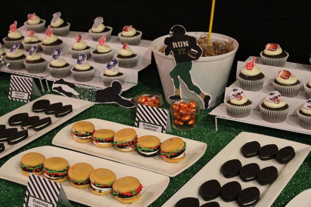 Football Dessert Table014